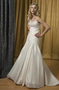 Alfred Sung Wedding Dress