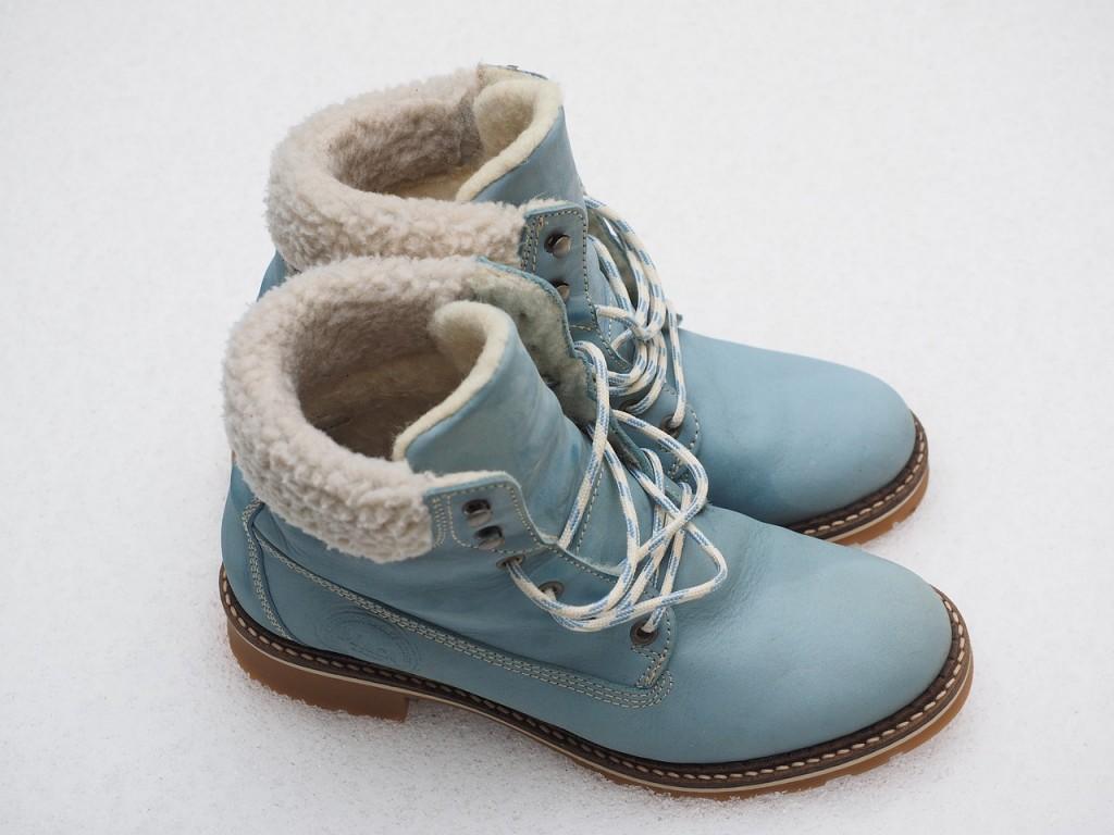 shoes-795707_1280