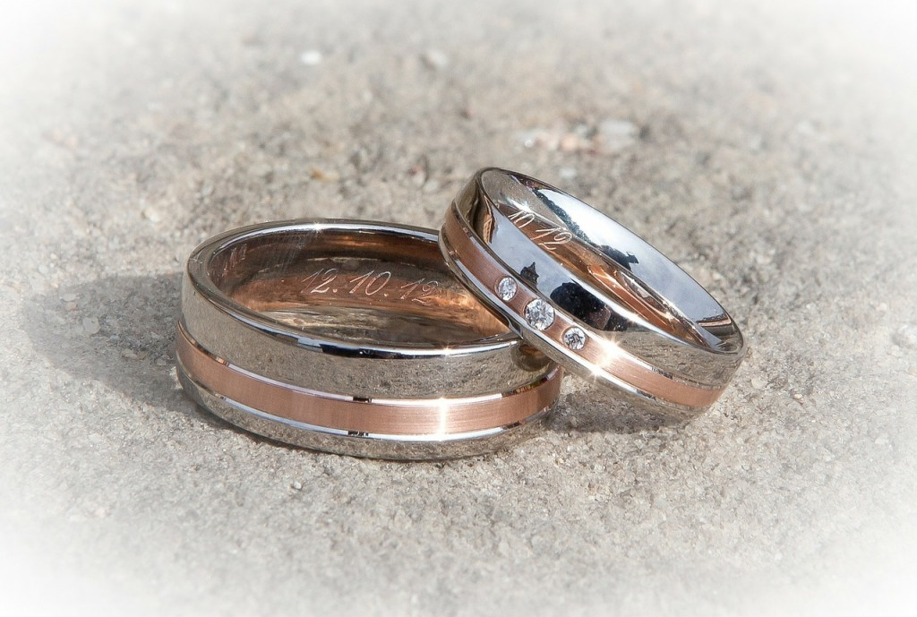 metal inlay ring