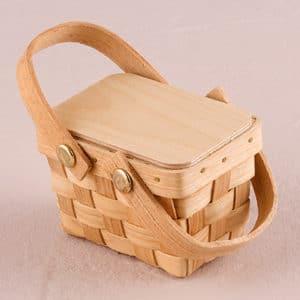 miniature-woven-picnic-basket29af5b24e868cfd2d91ef57d22be94c9