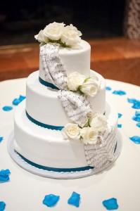 faux cake