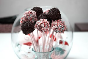 cake-pops-684163_640