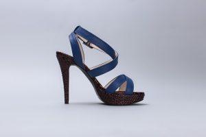 sandals-587185_640