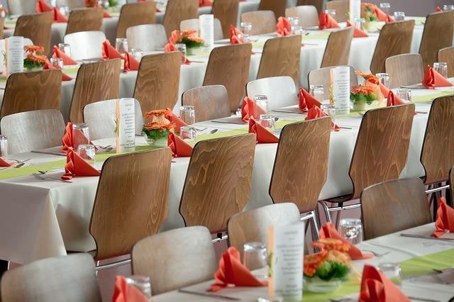 banquet-453799_640