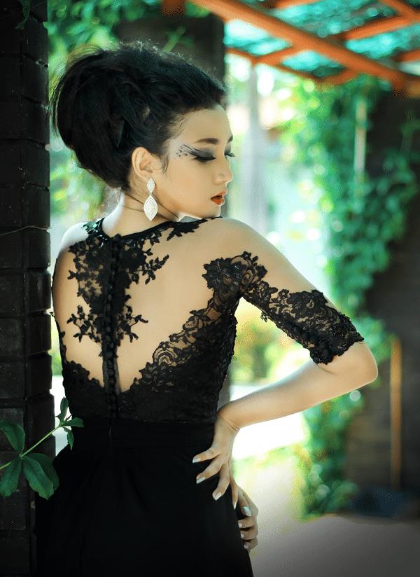 black-dress-lace
