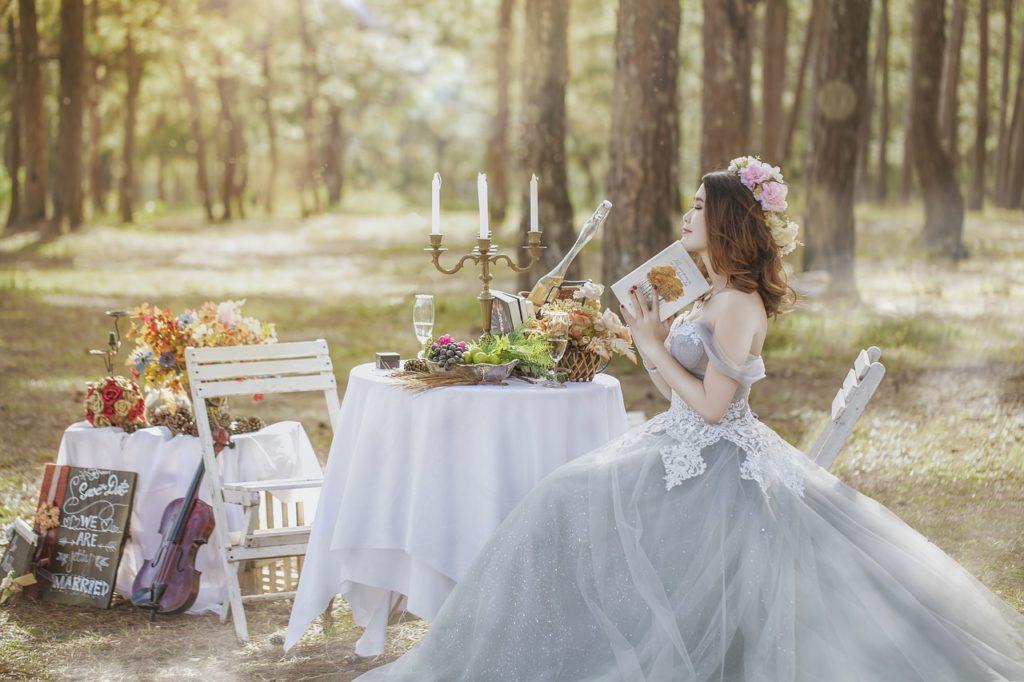 Wedding planning bride