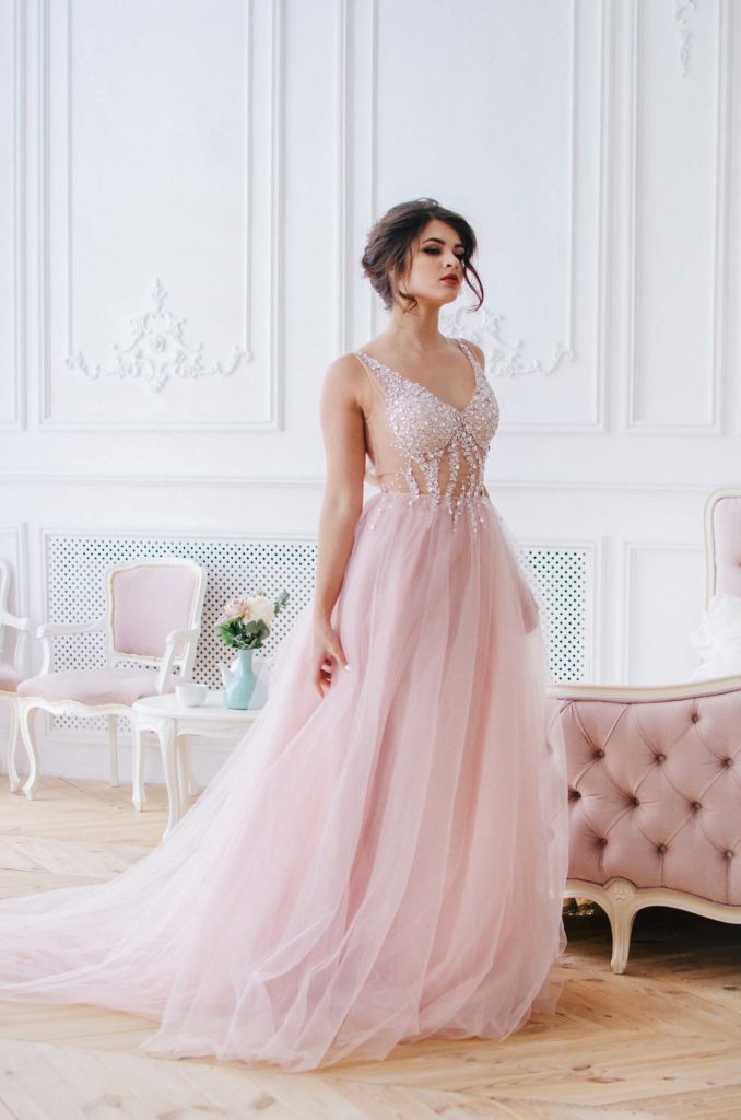 wedding-dress-styles-blush-wedding-dress-tulle