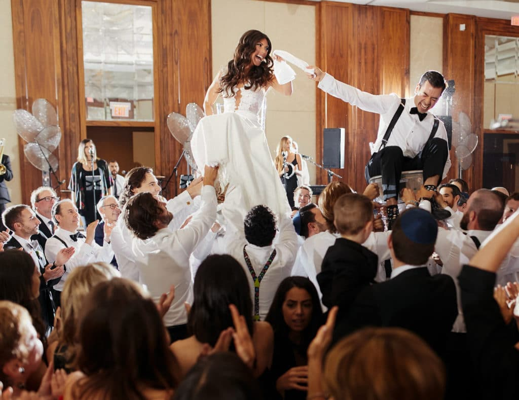 3Luminous-Weddings-Toronto-Wedding-Photographers