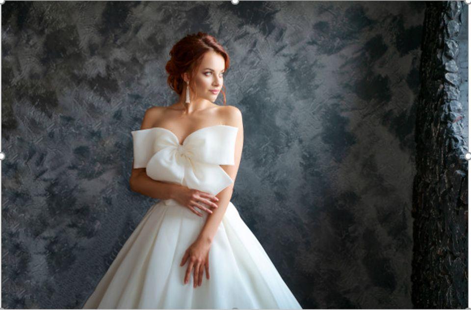 beautiful-bridewedding dress beautiful make up