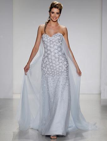 Dress disney alfred angelo collection 251 elsa for Disney style wedding dresses