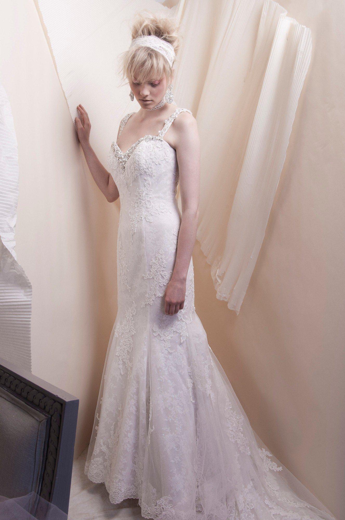 dress alfred sung spring 2013 bridal 6915 lace tulle alfredsung bridal. Black Bedroom Furniture Sets. Home Design Ideas