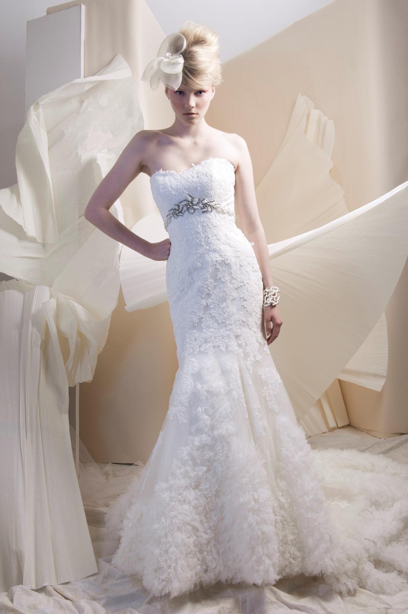 dress alfred sung spring 2013 bridal 6916 lace tulle alfredsung bridal. Black Bedroom Furniture Sets. Home Design Ideas