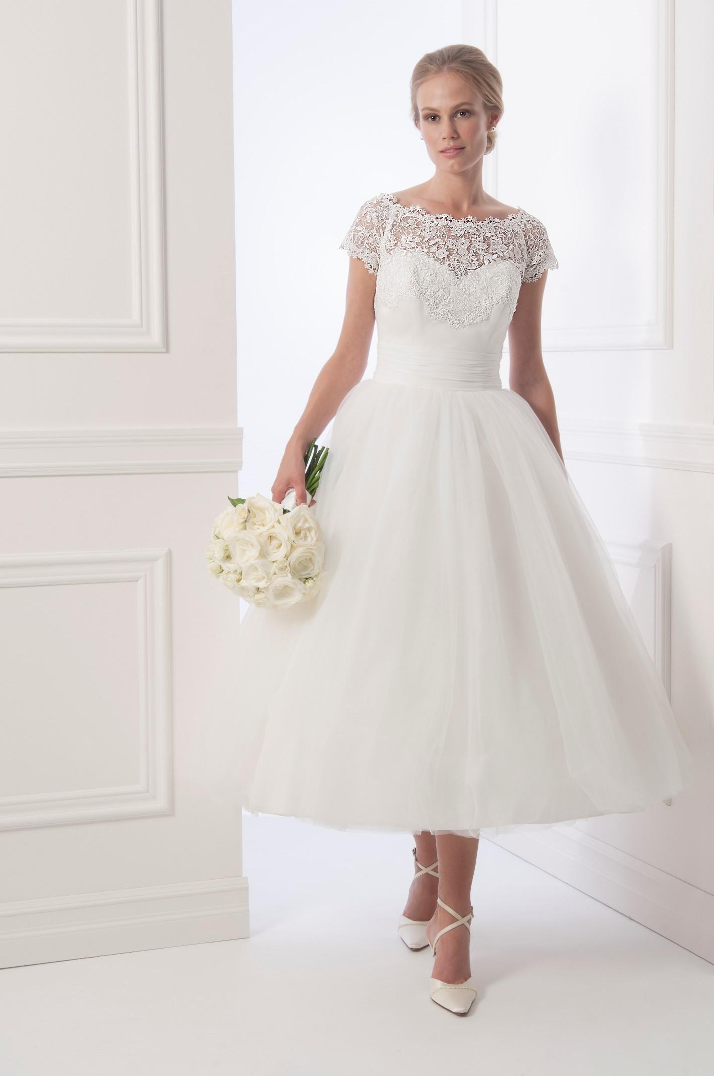 View dress alfred sung fall 2013 bridal 6926 alfredsung bridal alfred sung fall 2013 bridal 6926 ombrellifo Choice Image