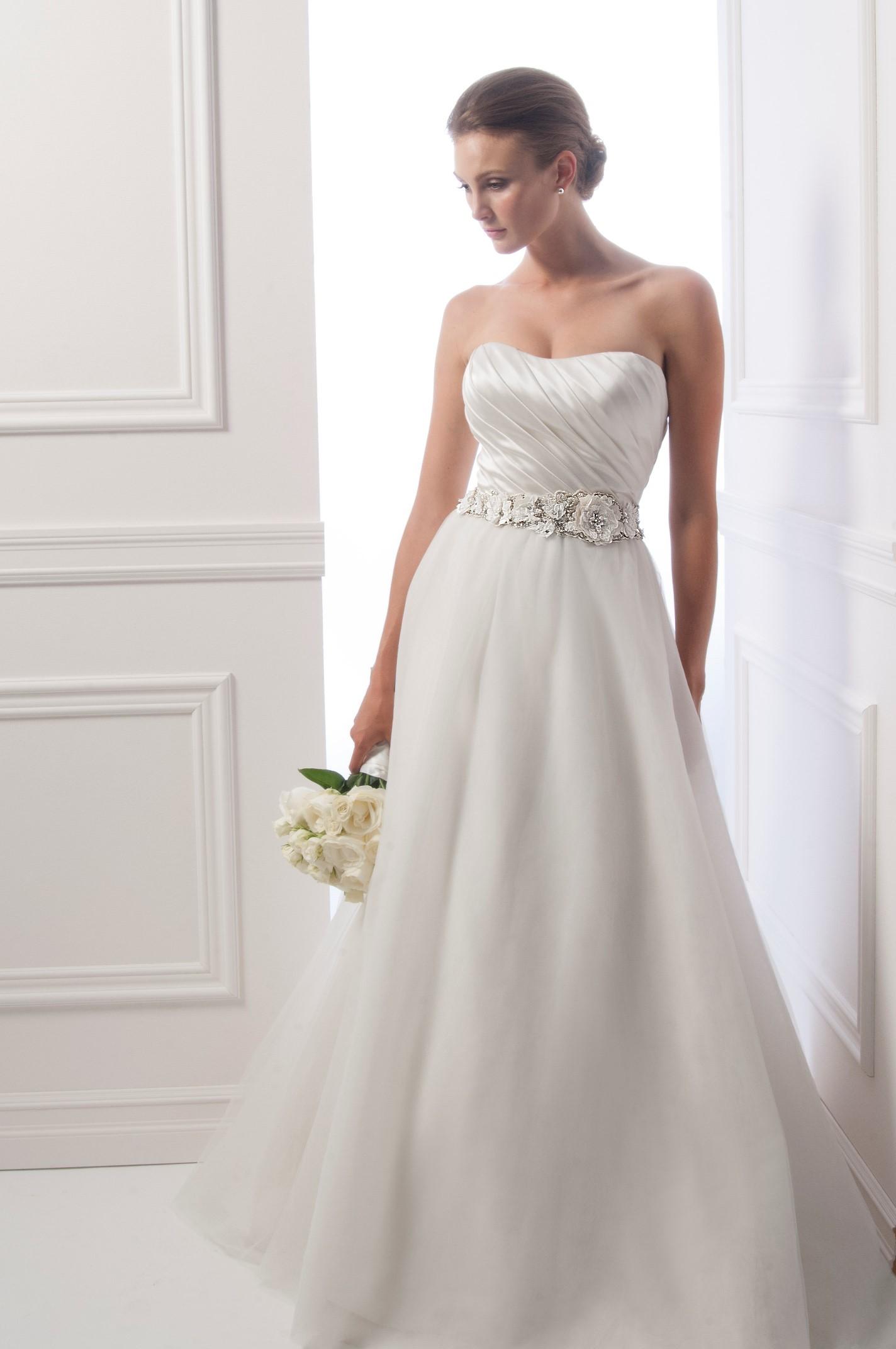 Dress - Alfred Sung FALL 2013 BRIDAL - 6935 | AlfredSung Bridal