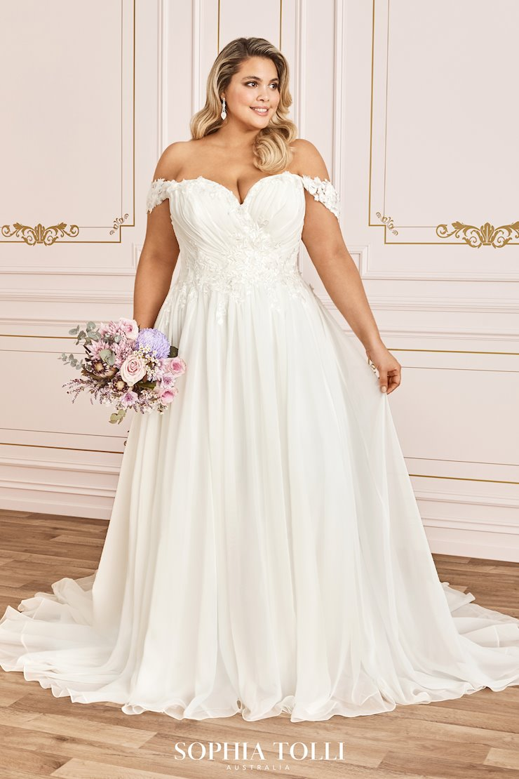 Wedding Dress   Sophia Tolli SPRING 18 Collection   Y18LS ...