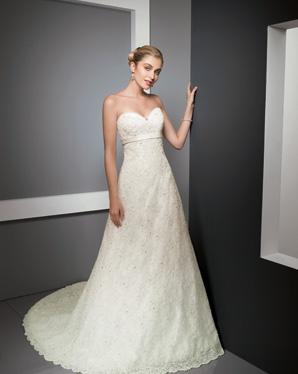 eb3318bfe ... فساتين زفاف في قمة الرقة و الاناقة 2319 ...