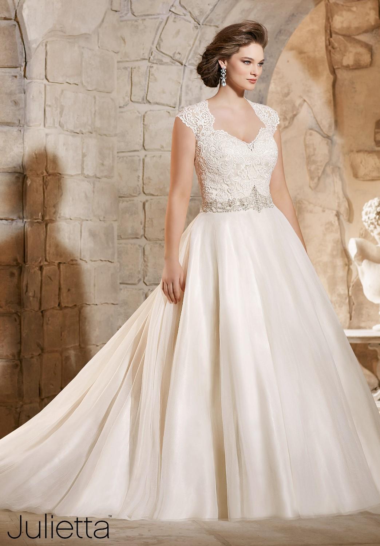 Dress mori lee julietta fall 2015 collection 3185 for Big beautiful wedding dresses