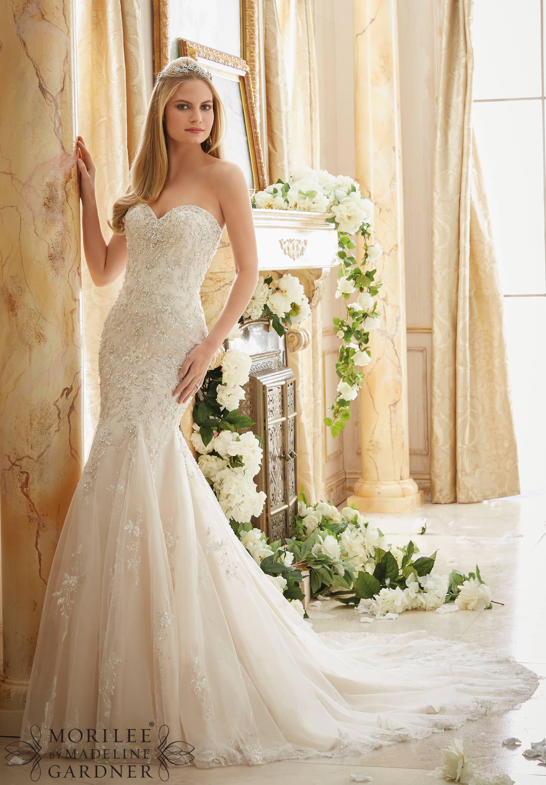 beautiful wedding gown