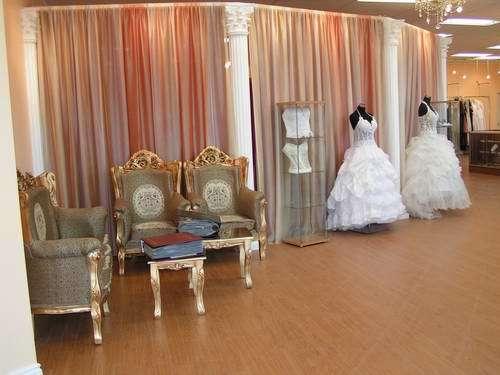 Best for bride etobicoke mississauga 5359 dundas st for Top wedding dress stores